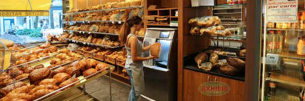 Tajadora de pan en punto de venta